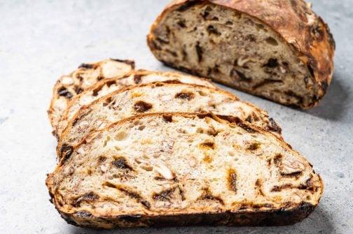 prune bread